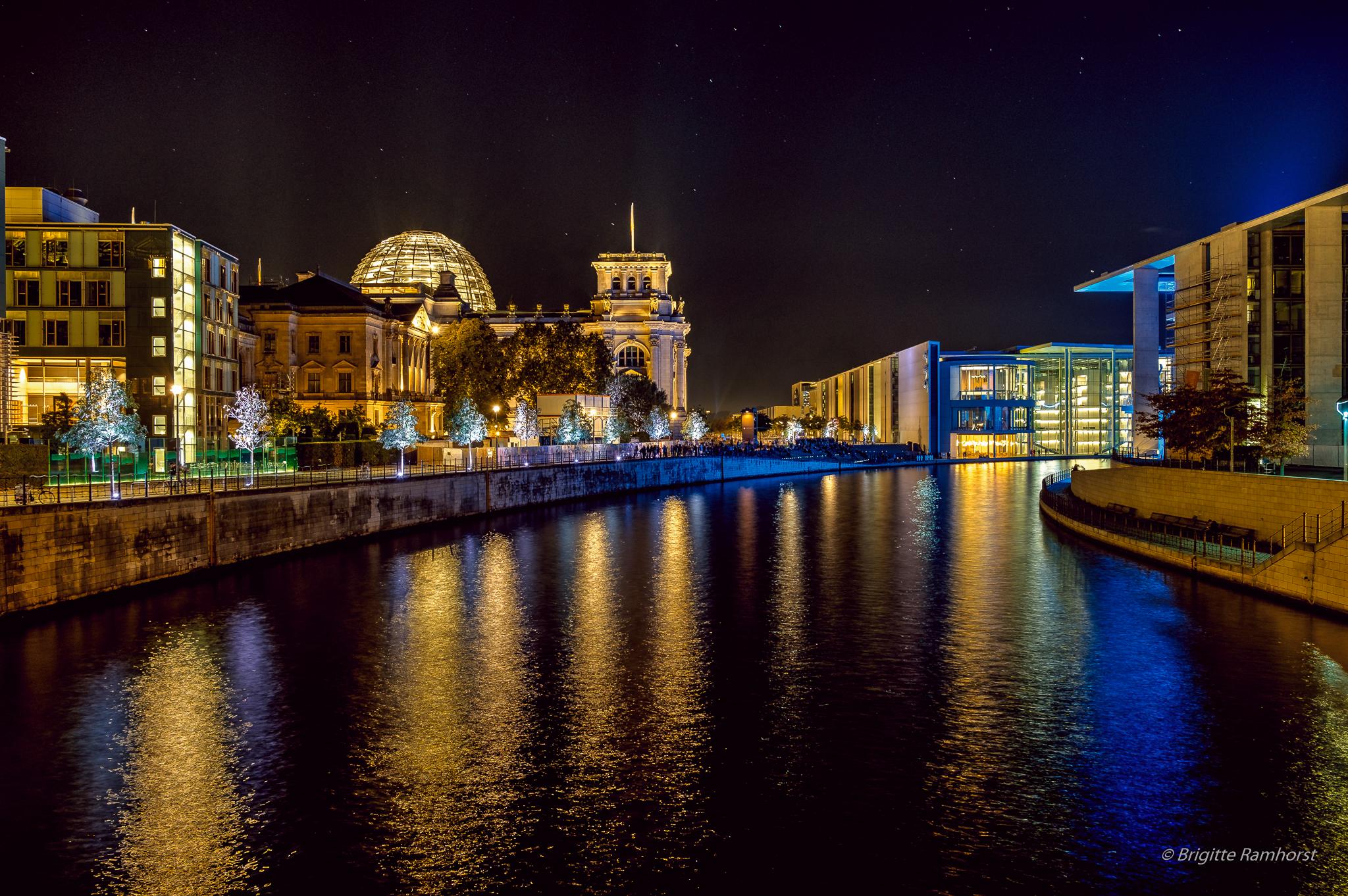 Reichstag und Bundestag - by Brigitte Ramhorst